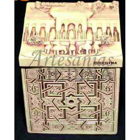 Caja arabesca + Patio de los Leones